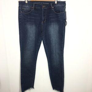 Articles of Society Step Hem Skinny Jeans Size 32